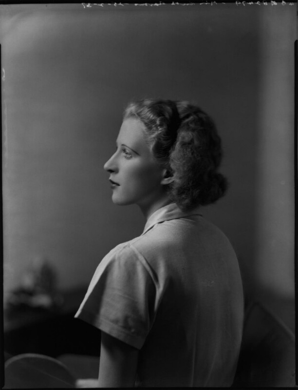 Ruth Hughes Aarons, by Bassano Ltd, 25 March 1937 - NPG x152628 - © National Portrait Gallery, London