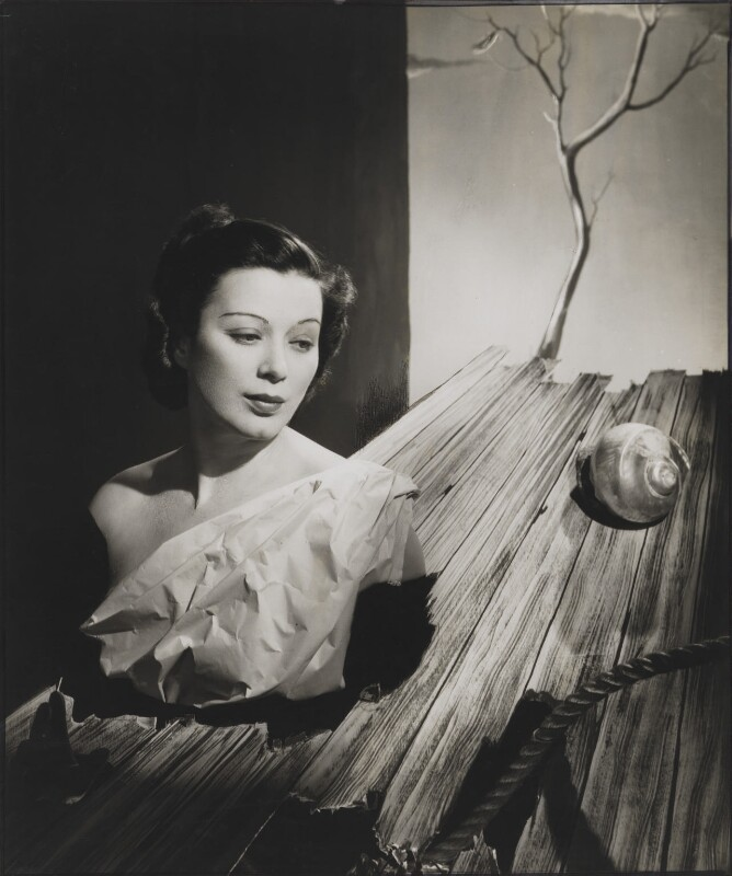 Mary Ellis, by Angus McBean, 1938 - NPG P1300 - Angus McBean Photograph. © Harvard Theatre Collection, Harvard University.
