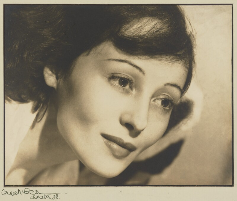 Luise Rainer, by Angus McBean, 1938 - NPG P1307 - © estate of Angus McBean / National Portrait Gallery, London