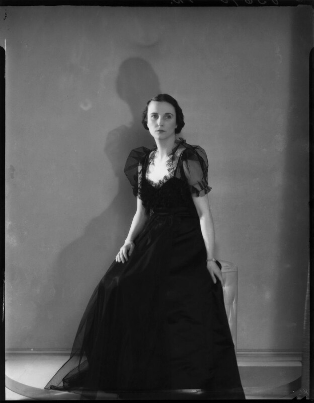 Lady Mary Beatrice Alexander (née Thynne), by Bassano Ltd, 4 April 1939 - NPG x154075 - © National Portrait Gallery, London