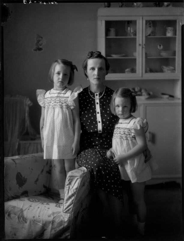 Countess Raczynska with her daughters, by Bassano Ltd, 19 July 1939 - NPG x154117 - © National Portrait Gallery, London