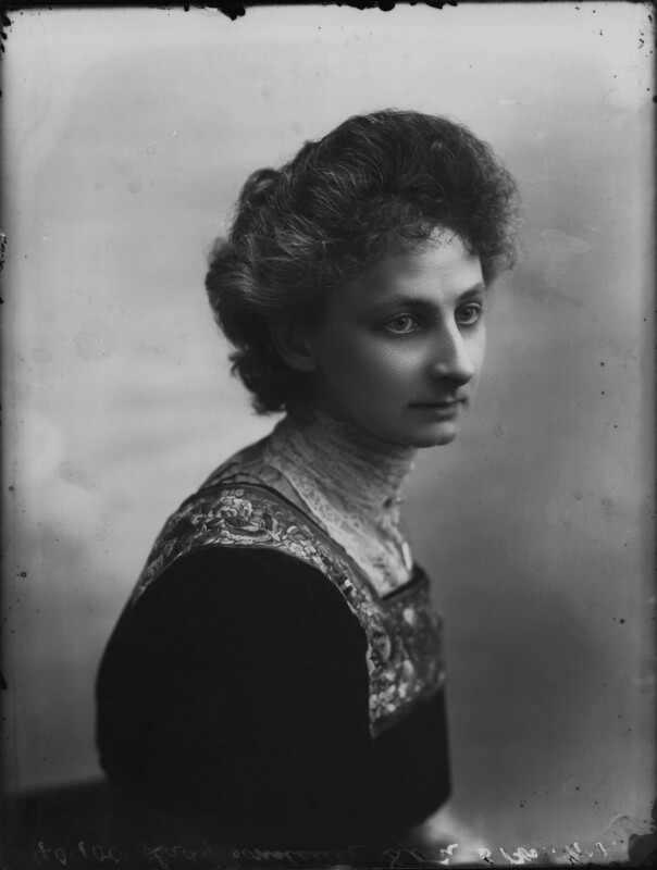 lytton women Lady constance georgina bulwer-lytton (12 january 1869 – 2 may 1923), usually known as constance lytton, was an influential british suffragette activist, writer, speaker and campaigner for prison reform, votes for women, and birth control.