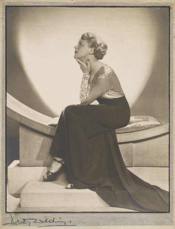 Edna Best, by Dorothy Wilding, 1934 - NPG x26075 - © William Hustler and Georgina Hustler / National Portrait Gallery, London