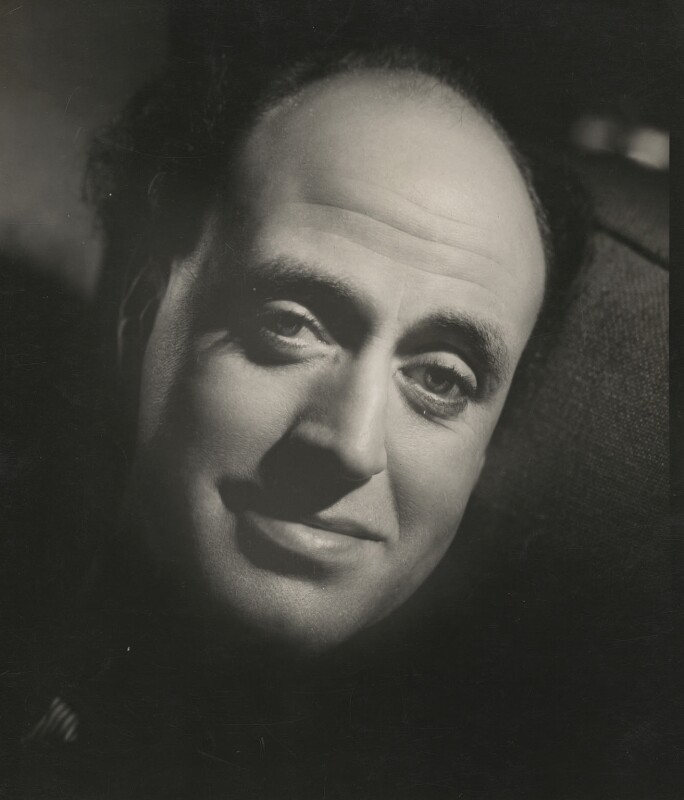 Alastair Sim, by Howard Coster, 1934 - NPG x2121 - © National Portrait Gallery, London
