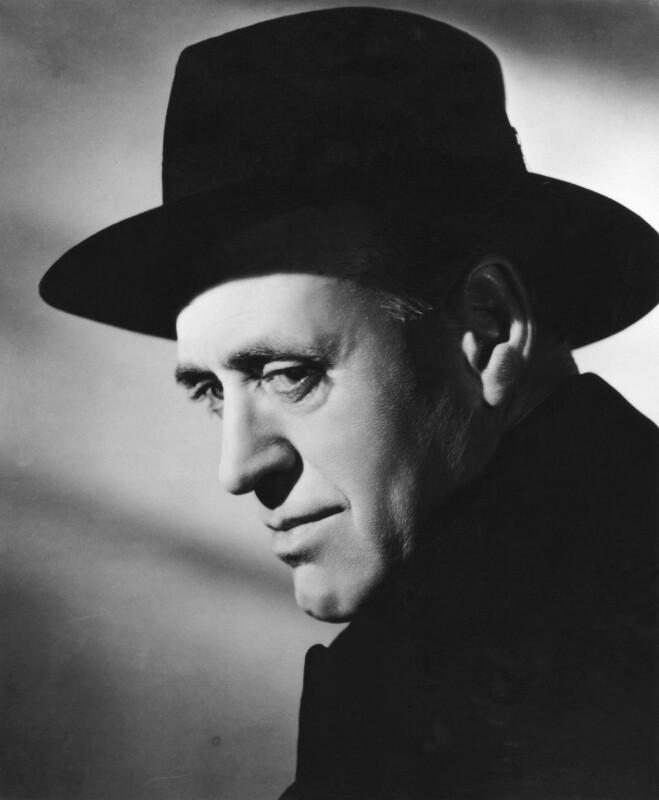 Alastair Sim, by Arthur Evans, 1946 - NPG x28060 - © National Portrait Gallery, London