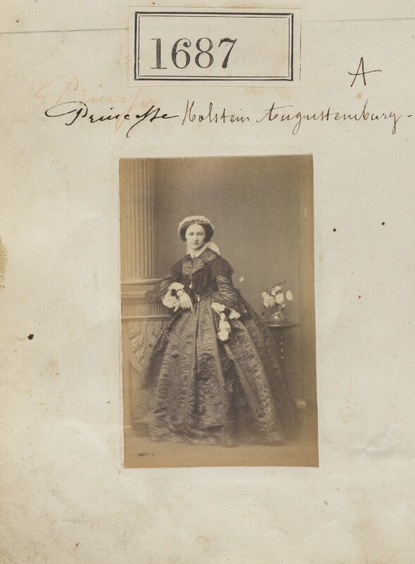 Princess Adelheid of Hohenlohe-Langenburg, by Camille Silvy, 19 November 1860 - NPG Ax51080 - © National Portrait Gallery, London