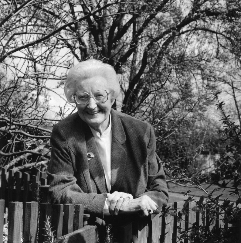 Dame Cicely Mary Strode Saunders, by Carolyn Djanogly, 31 March 1999 - NPG x88340 - © Carolyn Djanogly