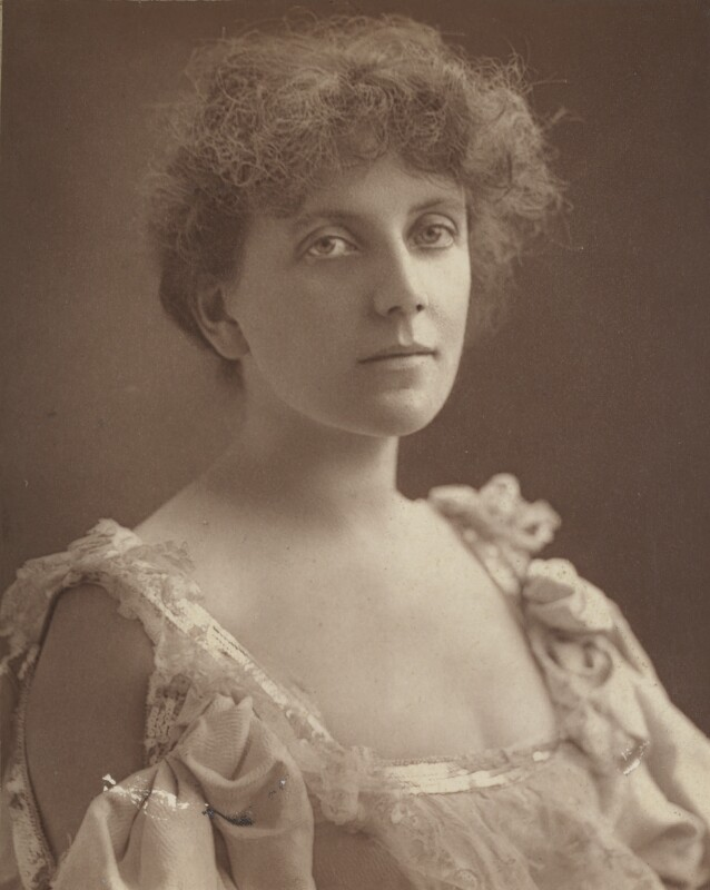 Lena Ashwell (née Lena Margaret Pocock, later Lady Simson), by Alfred Ellis, published 1 February 1896 - NPG Ax28261 - © National Portrait Gallery, London