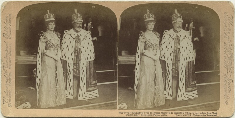 'The Crowned King Edward VII and Queen Alexandra in Coronation Robes, on their return from Westminster Abbey, Buckingham Palace, London', by James Edward Ellam, published by  Underwood & Underwood, 1902 - NPG x131829 - © National Portrait Gallery, London