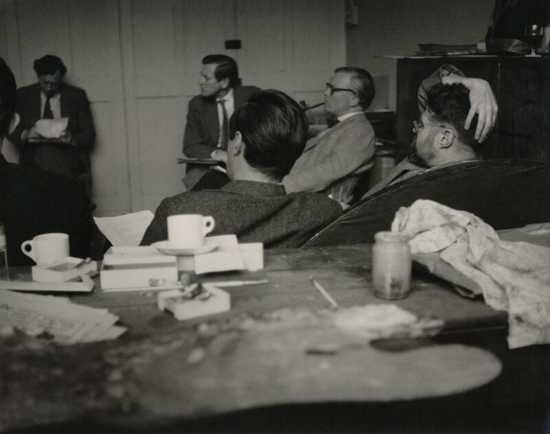Royal College of Art (group including Leonard Rosomon and Kenneth Rowntree), by Geoffrey Ireland, 1950s - NPG x132203 - © Geoffrey Ireland / National Portrait Gallery, London