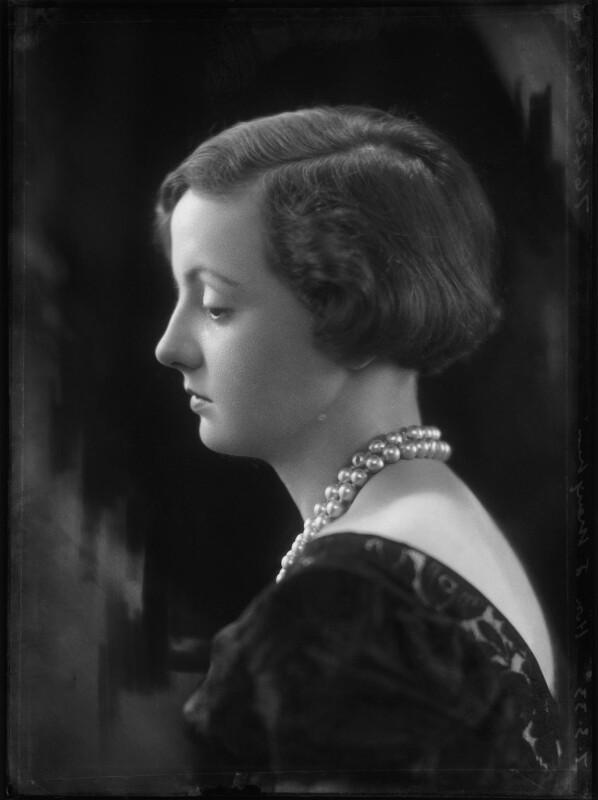 Hon. Rosemary Sylvia Esson-Scott (née Cary, later Mrs Mayhew), by Bassano Ltd, 7 March 1933 - NPG x153919 - © National Portrait Gallery, London