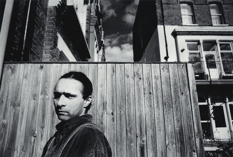 Hanif Kureishi, by Max Adelman, 1993 - NPG x132266 - © Max Adelman / National Portrait Gallery, London