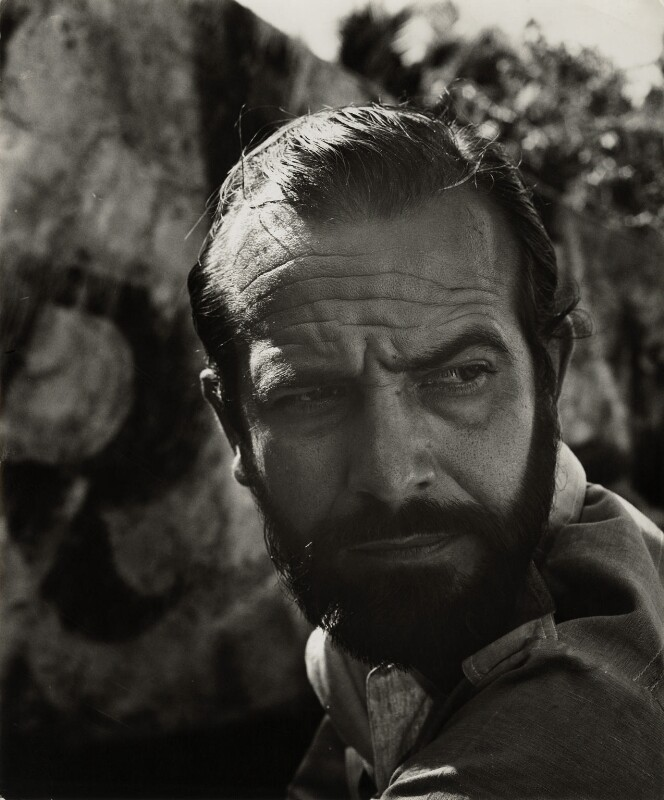 Alberto Korda (Alberto Díaz Gutiérrez), by Ida Kar, 1964 - NPG x132303 - © National Portrait Gallery, London