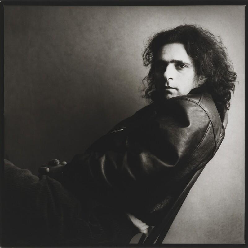 Hanif Kureishi, by Jillian Edelstein, 1989 - NPG x34146 - © Jillian Edelstein / Camera Press