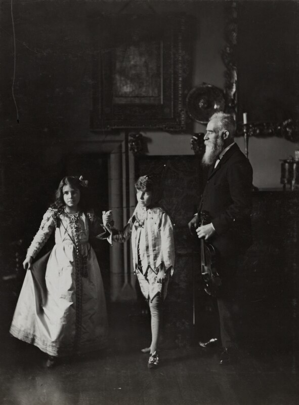 Mr Neal; Queen Elizabeth, the Queen Mother; Sir David Bowes-Lyon, by Lafayette (Lafayette Ltd), 1909 - NPG Ax29344 - © National Portrait Gallery, London