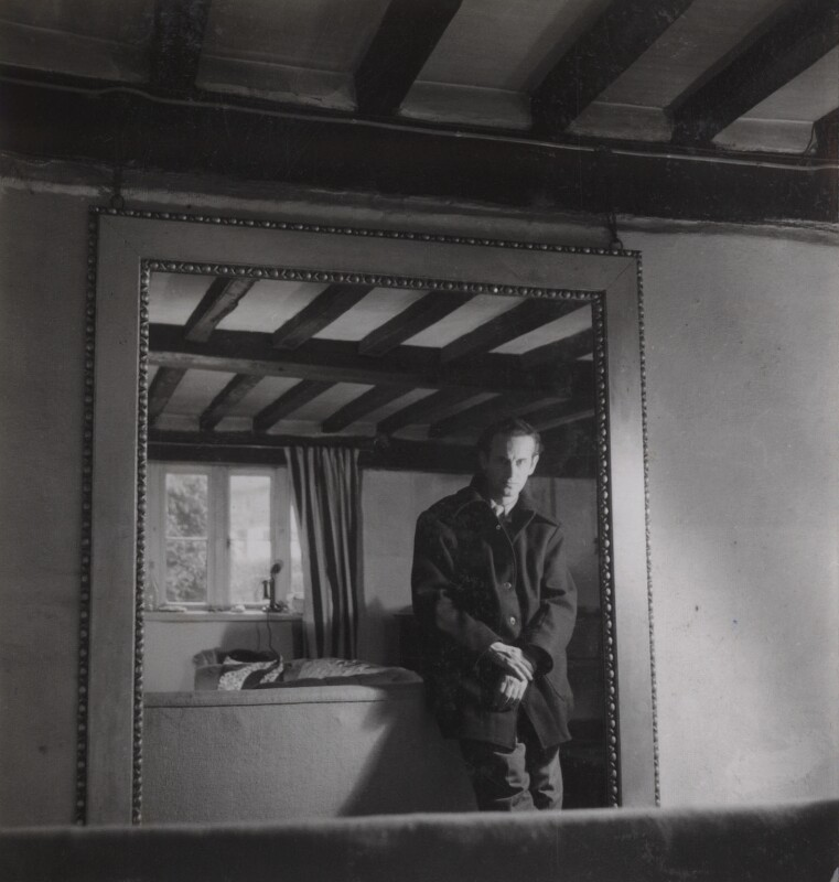 Graham Sutherland, by Francis Goodman, 1946 - NPG Ax39622 - © National Portrait Gallery, London