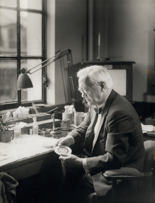 Alexander Fleming, by Howard Coster, 1954 - NPG x10681 - © National Portrait Gallery, London