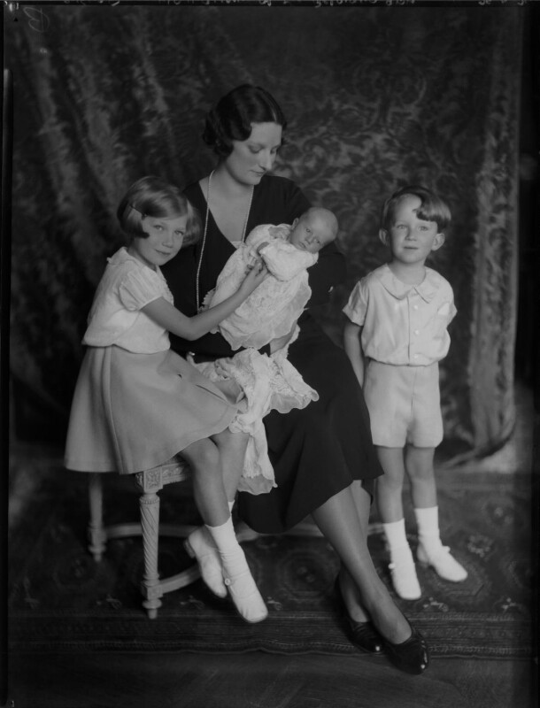 Astrid, Queen of the Belgians with her children, by Vandyk, 28 June 1934 - NPG x130236 - © National Portrait Gallery, London