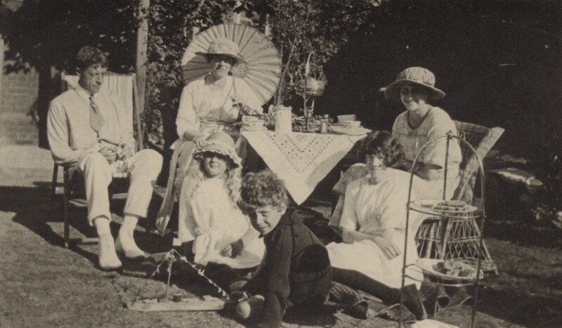 Benjamin Britten with his parents, sister Beth, Lizel Suter Schlotterbech and Winifred Rix, by Unknown photographer, circa 1920 - NPG x15175 - © National Portrait Gallery, London