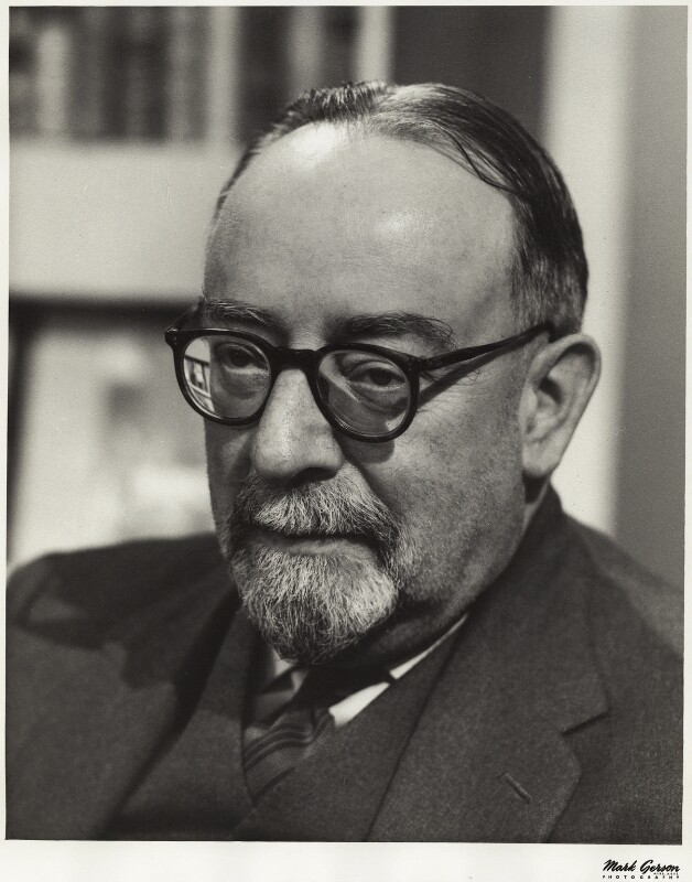 Charles Alexander Petrie, 3rd Bt, by Mark Gerson, 1962 - NPG x17978 - © Mark Gerson / National Portrait Gallery, London