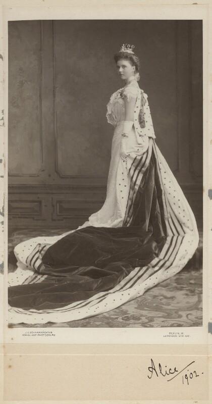 Princess Alice, Countess of Athlone, by Julius Cornelius Schaarwächter, circa 1902 - NPG x18197 - © National Portrait Gallery, London