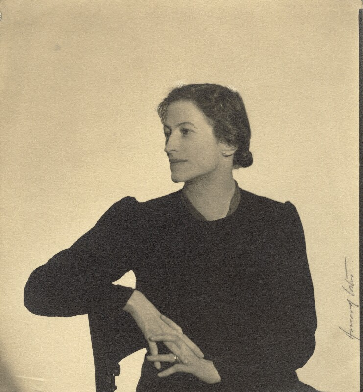 Sylvia Lynd, by Howard Coster, 1937 - NPG x1996 - © National Portrait Gallery, London
