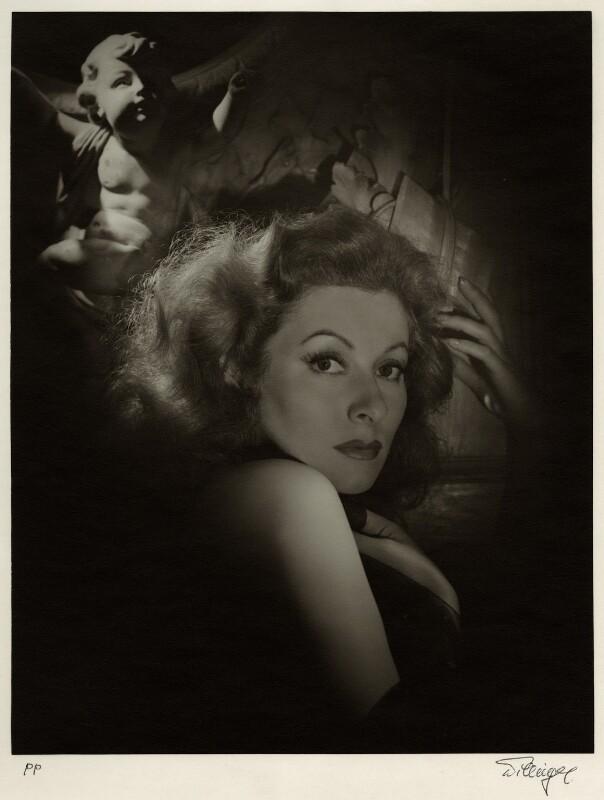 (Eileen Evelyn) Greer Garson, by Laszlo Willinger, 1930s - NPG x21556 - © Laszlo Willinger / Kobal Collection