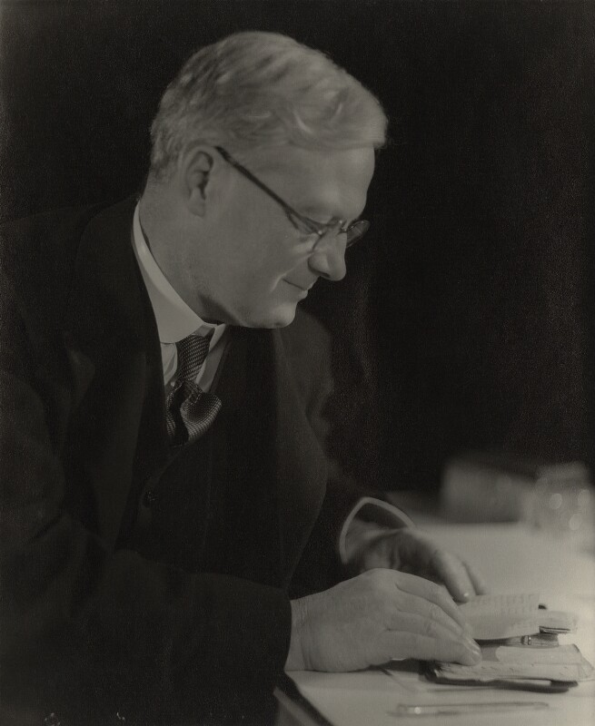 Rupert Edward Cecil Lee Guinness, 2nd Earl of Iveagh, by Howard Coster, 1931 - NPG x24047 - © National Portrait Gallery, London