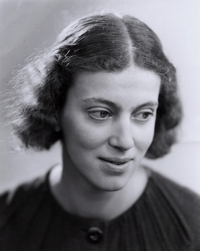 Dorothy Hodgkin, by Ramsey & Muspratt, circa 1937 - NPG x27431 - © Peter Lofts Photography / National Portrait Gallery, London