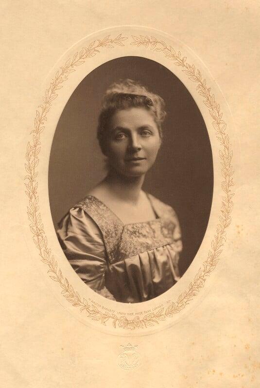 Emily Hobhouse, by H. Walter Barnett, 1902 - NPG x15582 - © National Portrait Gallery, London