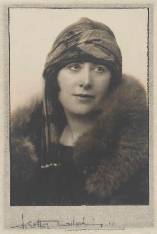 Dorothy Wilding, by Dorothy Wilding, mid 1920s - NPG P870(13) - © William Hustler and Georgina Hustler / National Portrait Gallery, London