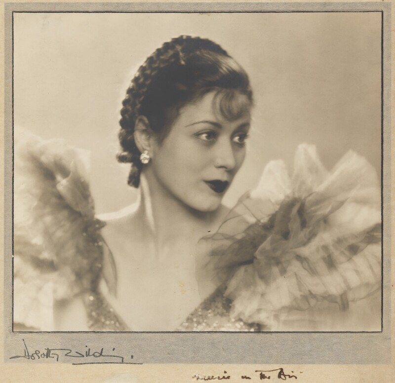 Mary Ellis, by Dorothy Wilding, circa 1934 - NPG x31076 - © William Hustler and Georgina Hustler / National Portrait Gallery, London