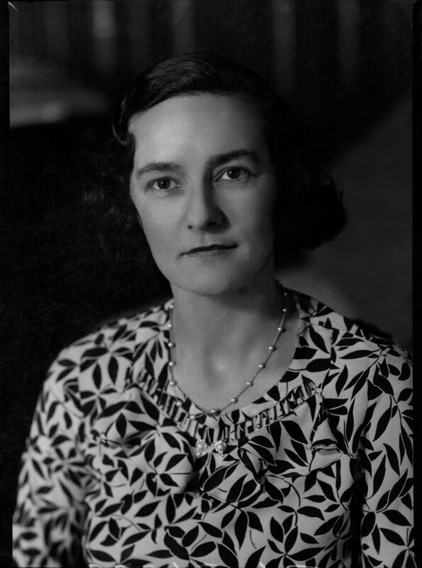 Eileen Laura Sargent (née Harding Horne), by Bassano Ltd, 22 June 1938 - NPG x31372 - © National Portrait Gallery, London
