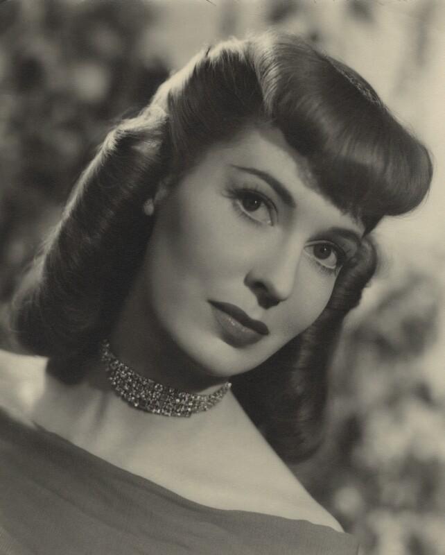Valerie Hobson, by Fred Daniels, 1940s - NPG x32906 - © Estate of Fred Daniels / National Portrait Gallery, London