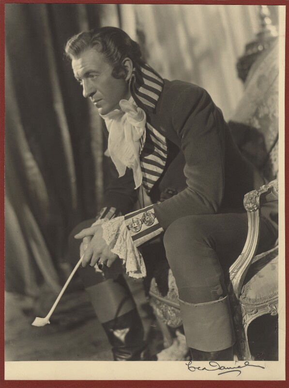 David Niven in the 'The Elusive Pimpernel', by Fred Daniels, 1950 - NPG x32910 - © Estate of Fred Daniels / National Portrait Gallery, London