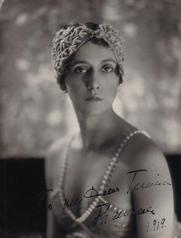 Tamara Karsavina, by Bertram Park, 1910s - NPG x39300 - © estate of Bertram Park / Camera Press