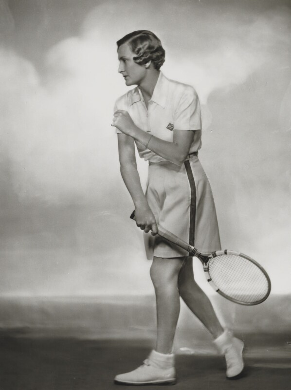 Helen Hull Jacobs, by Dorothy Wilding, 1935 - NPG x34334 - © William Hustler and Georgina Hustler / National Portrait Gallery, London