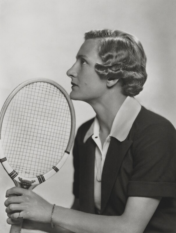 Helen Hull Jacobs, by Dorothy Wilding, 1935 - NPG x35411 - © William Hustler and Georgina Hustler / National Portrait Gallery, London