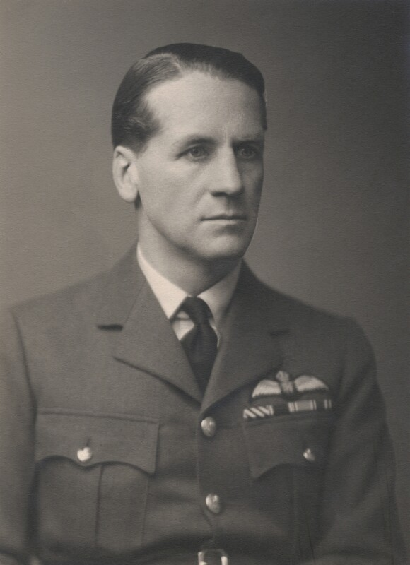 Douglas Douglas-Hamilton, 14th Duke of Hamilton, by Walter Stoneman, December 1943 - NPG x36250 - © National Portrait Gallery, London