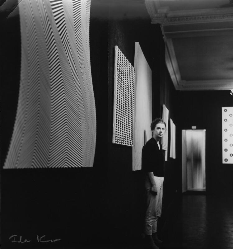 Bridget Riley, by Ida Kar, 1963 - NPG x88522 - © National Portrait Gallery, London