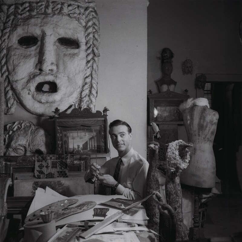 Oliver Messel, by Francis Goodman, 1945 - NPG x39508 - © National Portrait Gallery, London