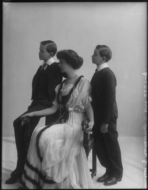 Consuelo, Duchess of Marlborough with her sons Lord Ivor Spencer-Churchill and John Albert Spencer-Churchill, by Rita Martin, 1910 - NPG x41297 - © National Portrait Gallery, London