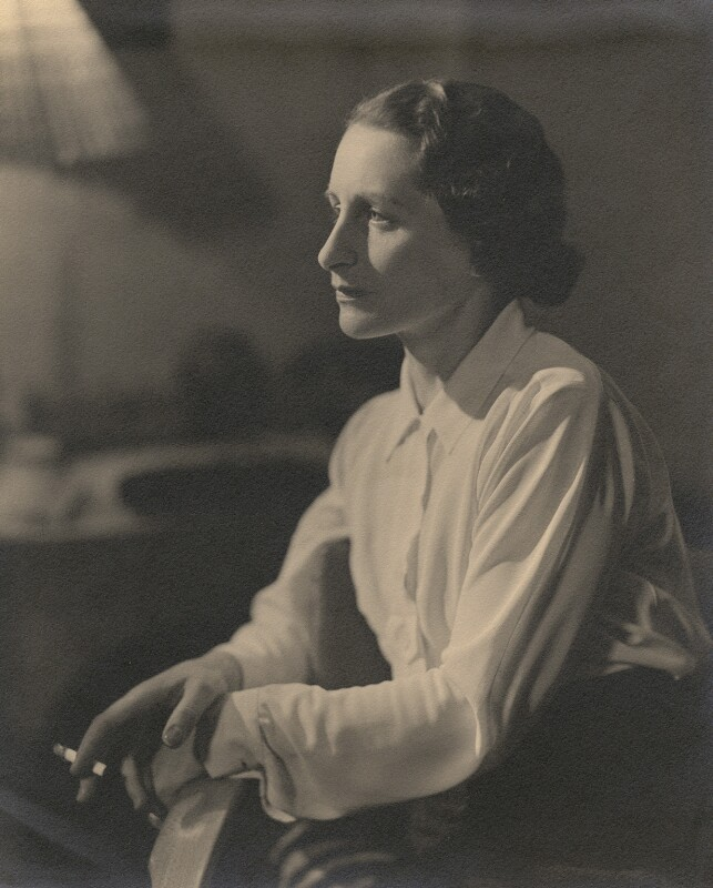 Vera Brittain, by Howard Coster, 1936 - NPG x1754 - © National Portrait Gallery, London