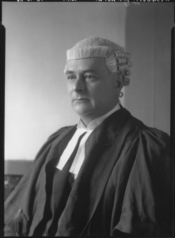 Frank Theodore Alpe, by Lafayette (Lafayette Ltd), 18 October 1928 - NPG x42913 - © National Portrait Gallery, London