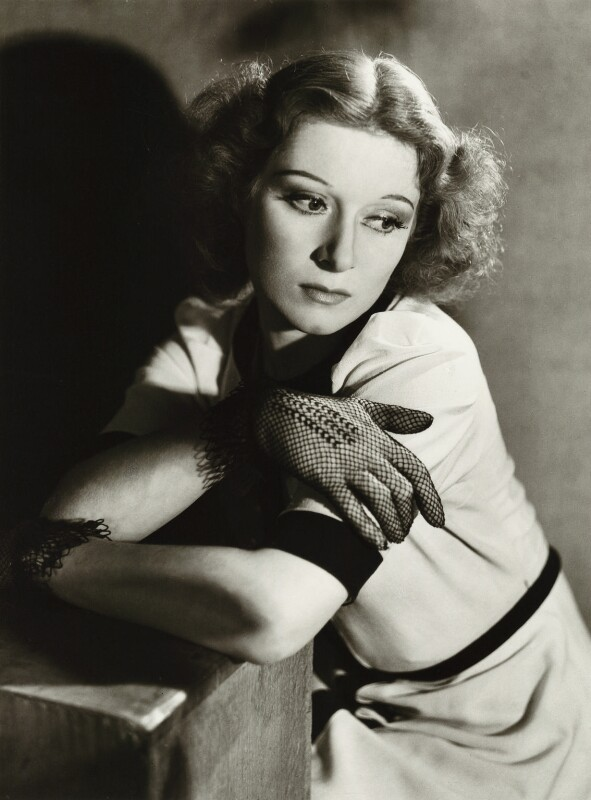 (Eileen Evelyn) Greer Garson, by Gordon Anthony, 1939 - NPG x44772 - © reserved; collection National Portrait Gallery, London