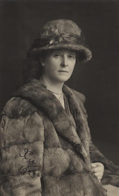 Alexandra Rhoda ('Xie') Cardew (née Kitchin), by Unknown photographer, 1923 - NPG x45724 - © National Portrait Gallery, London