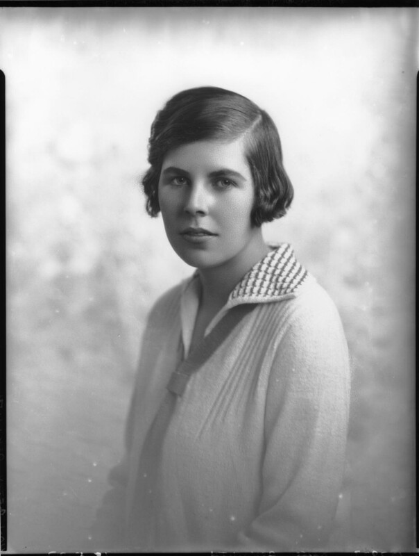 Hon. Betty Ellen Askwith, by Lafayette (Lafayette Ltd), 18 May 1927 - NPG x49293 - © National Portrait Gallery, London