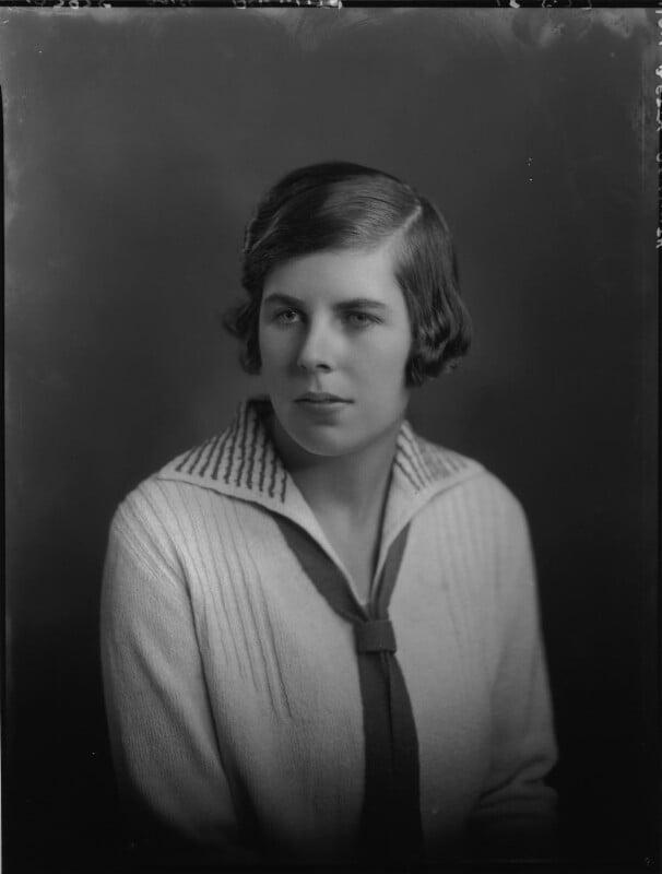 Hon. Betty Ellen Askwith, by Lafayette (Lafayette Ltd), 18 May 1927 - NPG x49295 - © National Portrait Gallery, London