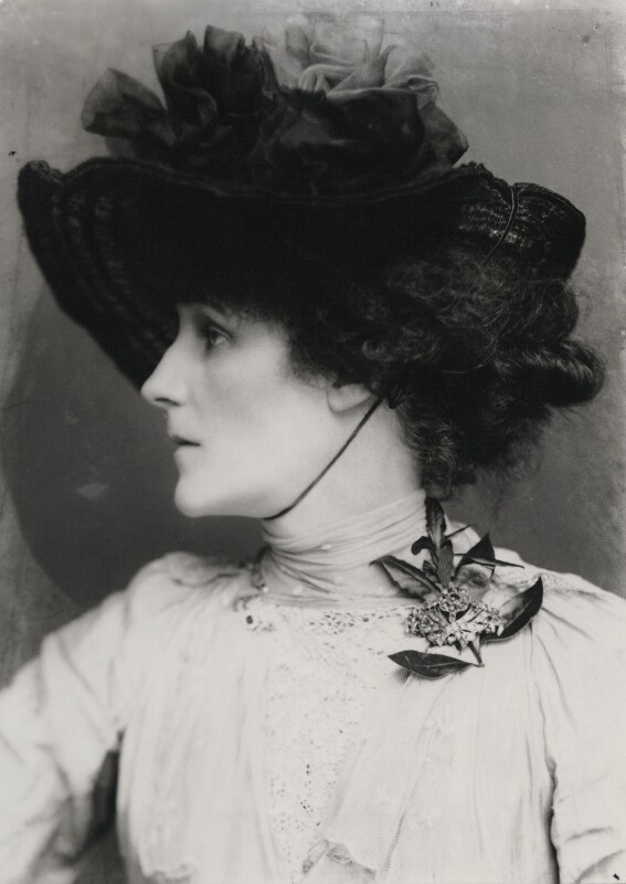 Violet Manners, Duchess of Rutland, by George Charles Beresford, 1902 - NPG x6509 - © National Portrait Gallery, London