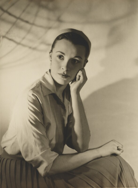 Claire Bloom, by Dorothy Wilding, 1950s - NPG x4403 - © William Hustler and Georgina Hustler / National Portrait Gallery, London